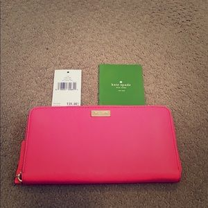 NWT Kate Spade Clutch wallet.